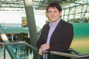 """Entrepreneur Chris Pyak. A personal coach for every newcomer"" ""Handelsblatt"". 13. June 2014"