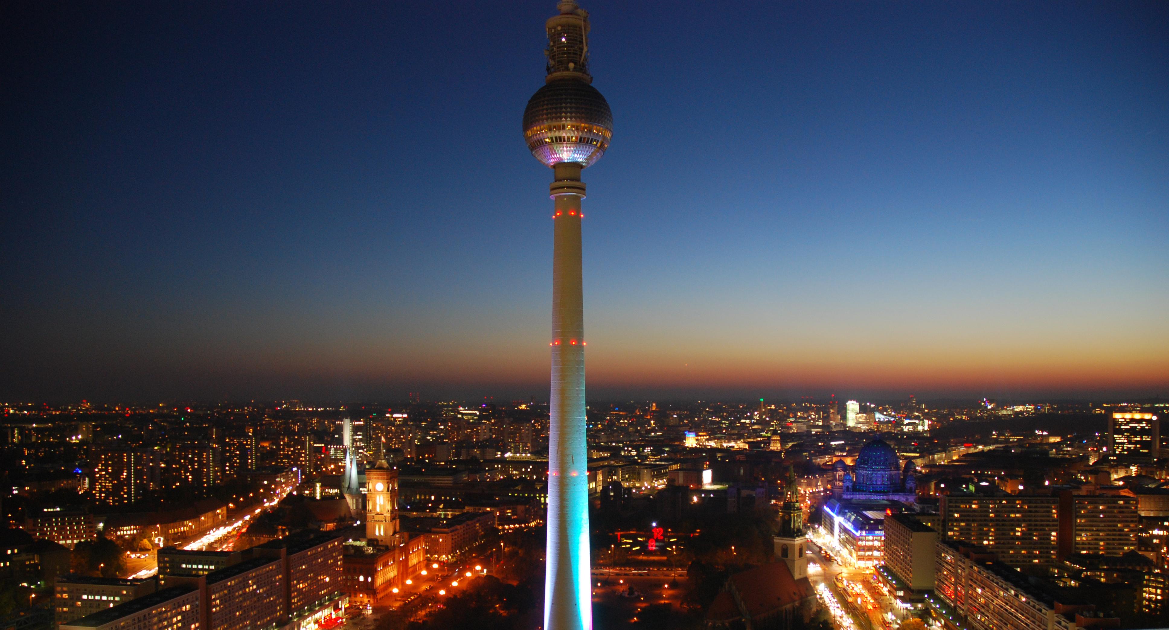 Ferienloft Berlin the berlin documentary immigrant spirit gmbh