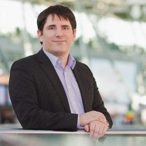 Chris Pyak is an expert for cooperation in international teams