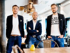 Arnim Wahls & Daniel Winter from firstbird gmbh in the expats career podcast with Chris Pyak Immigrant Spirit GmbH